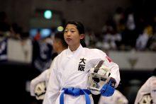 中村心優(大阪)が小学6年女子組手でついに優勝