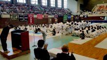 震災支援の感謝を伝える熊本県選手団