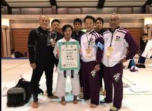 7冠達成の宇海選手と山梨県の関係者